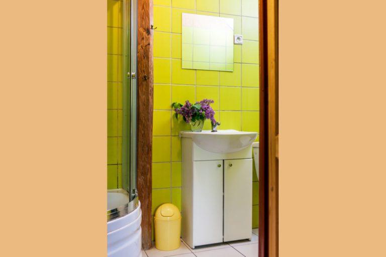 łazienka w pokoju malachit